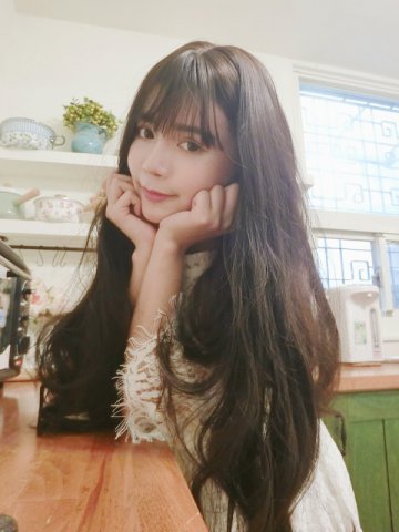 【W02519】(魔術假髮) 花樣少女 大頭皮 空氣瀏海仿真頭皮長捲髮